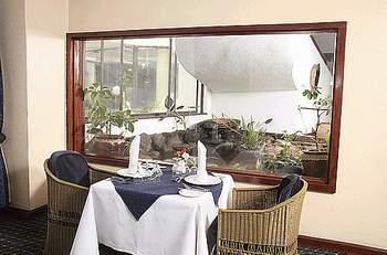 nairobi safari club hotel